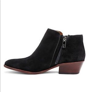 NWOT Sam & Edelman booties 7 wide